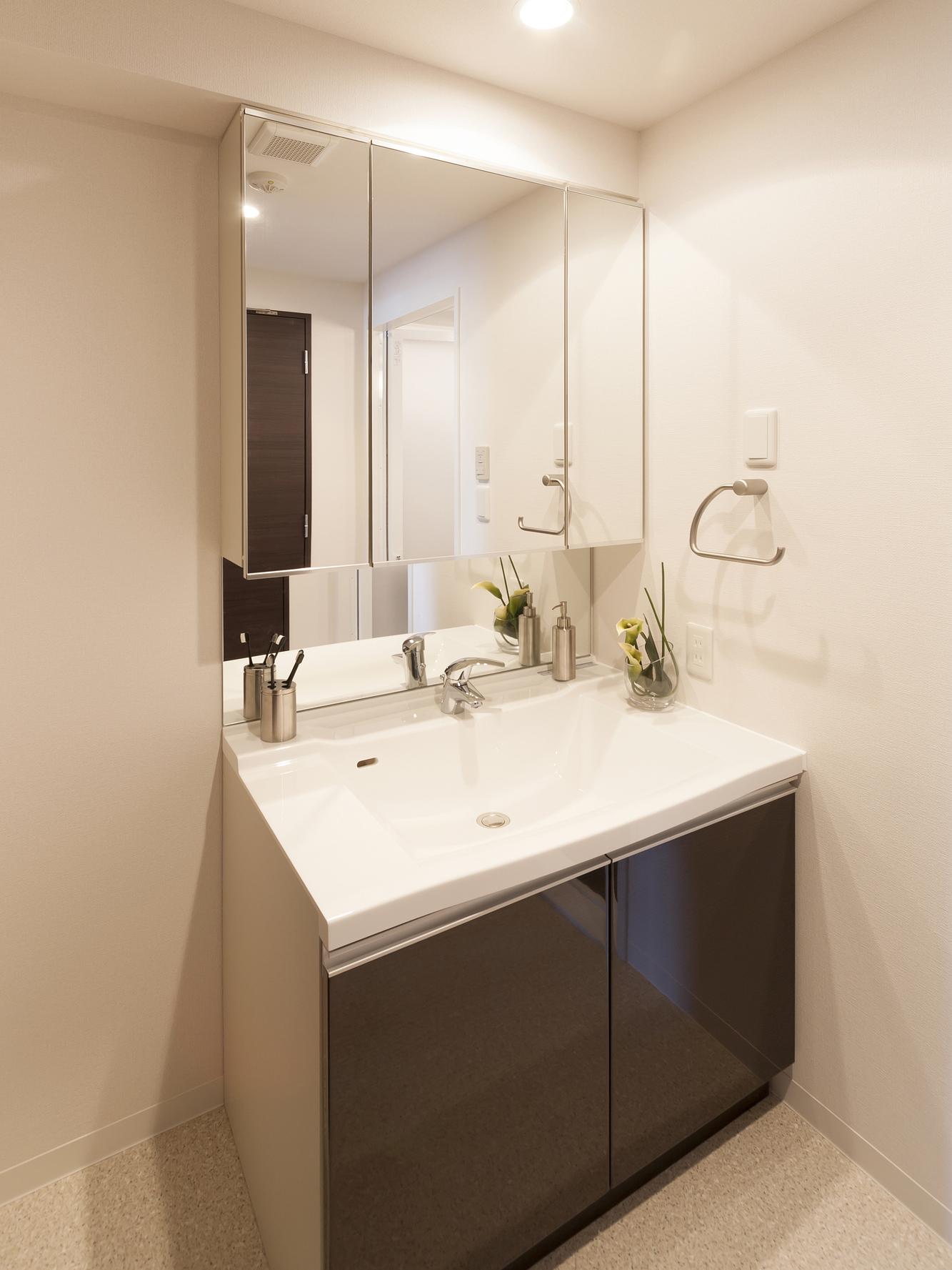洗面化粧台 -bathroom vanity-