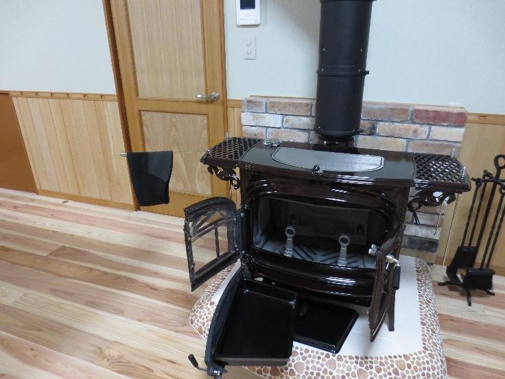素敵な暖炉の有る部屋作り 03