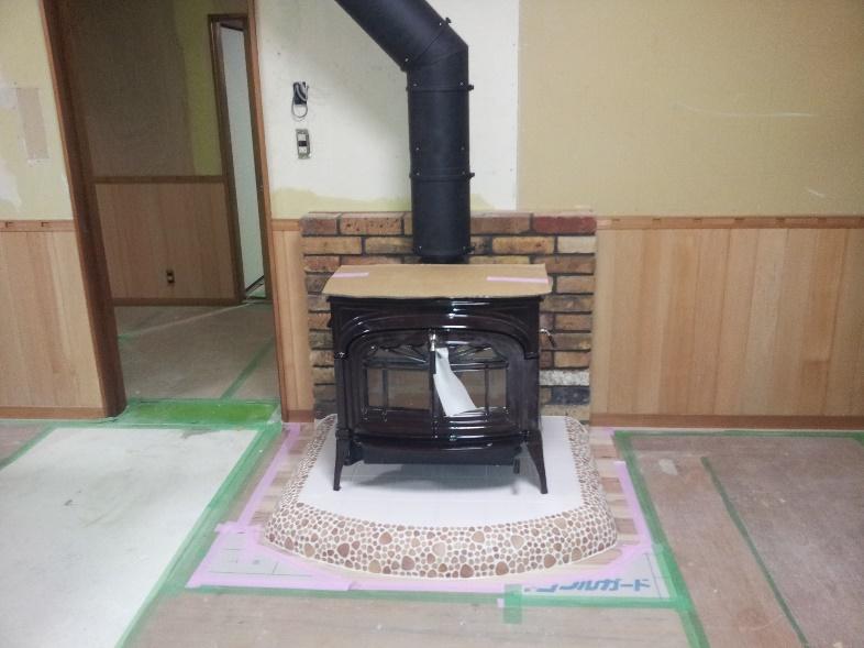 素敵な暖炉の有る部屋作り 18
